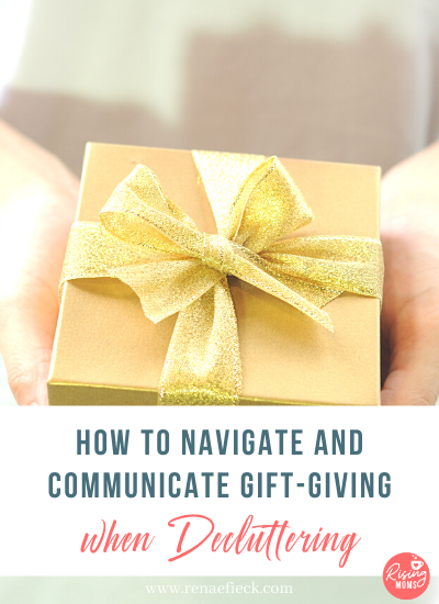 How to give gifts when decluttering -111